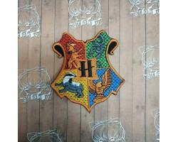Нашивка вышитая Hogwarts