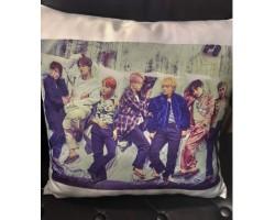Сувенирная подушка BTS 5